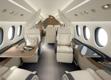 Falcon 8x, Private Jet