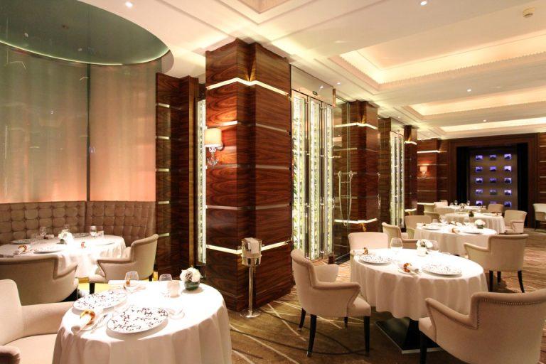Alyn Williams Restaurant | Alex Kravetz Design