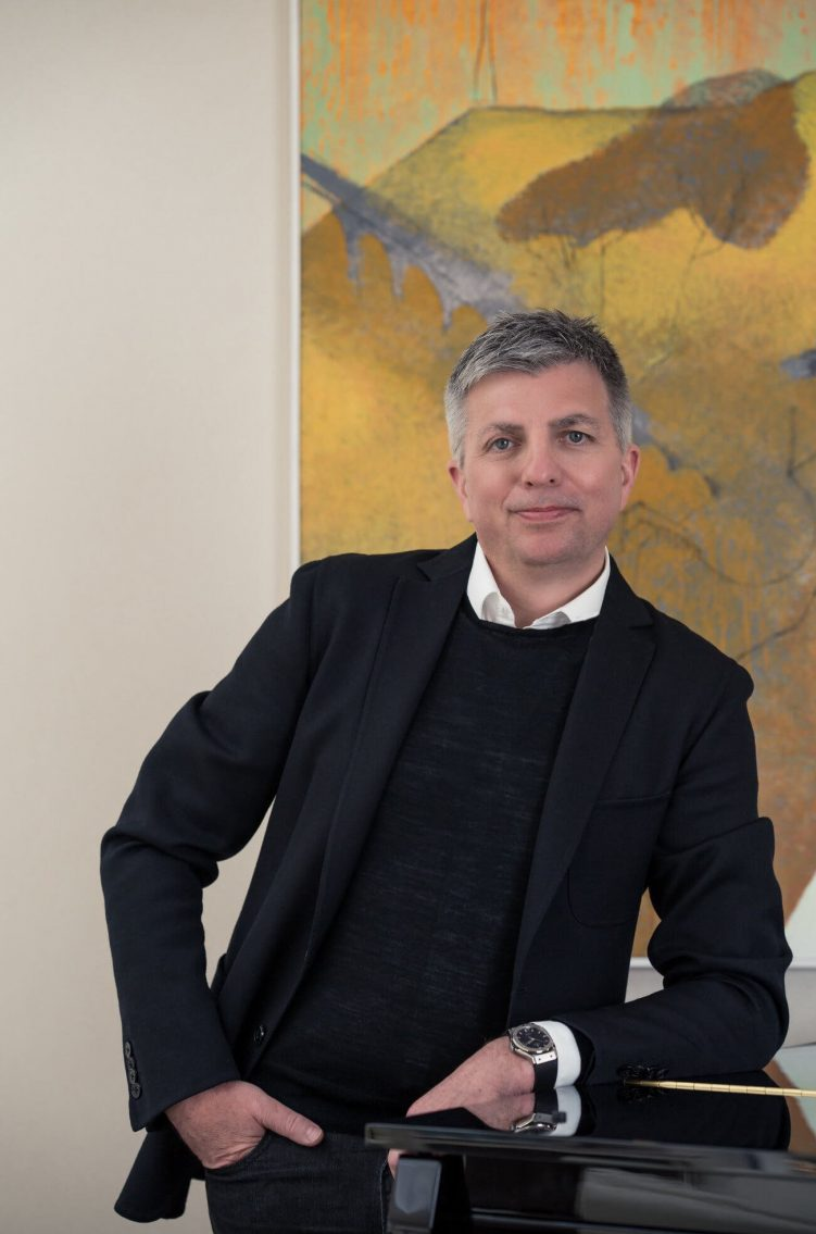 World renowned interior architect and designer Alex Kravetz